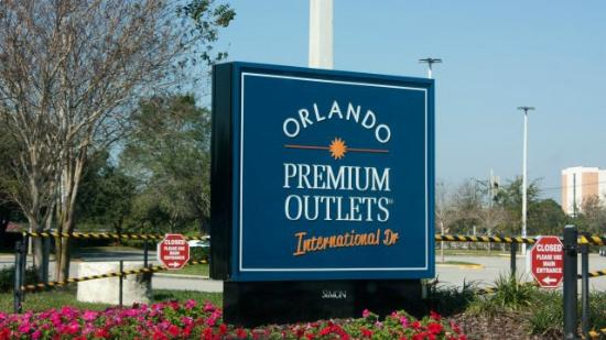 Orlando International Premium Outlet cartel
