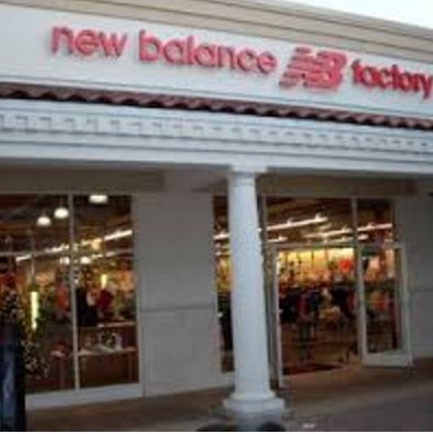 new balance factory store fachada.premium outlet international.JPG