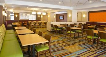 Fairfield Inn & Suites by Marriott Orlando Lake Buena Vista in the Marriott Village Foto 13