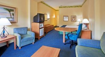Holiday Inn Express & Suites Lk Buena Vista South foto 15