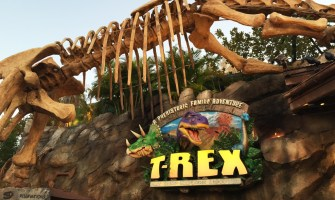 downtown-disney-t-rex-cafe-3-fb-crop