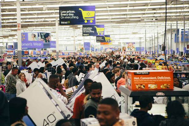 multitud-en-walmart