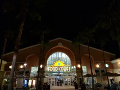 orlando-vineland-premium-outlets-food-court
