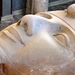 Estátua de Mikerinos e Hathor