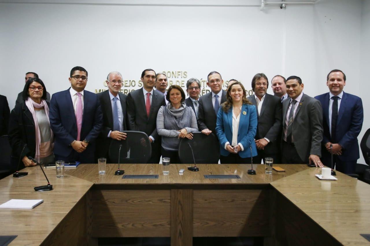 Gobierno colombiano dividió en dos zonas el mercado de Electricaribe