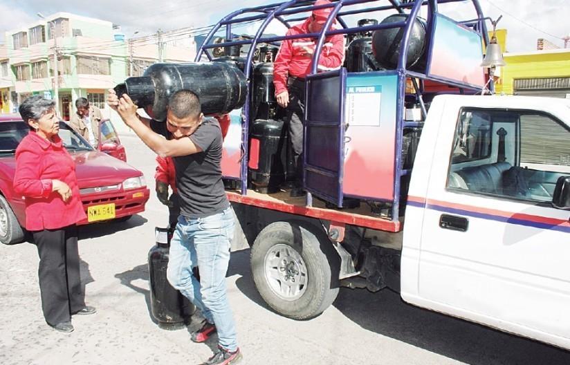Gobierno colombiano y Gasnova viabilizan abastecimiento de GLP en el sur del país