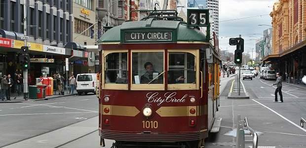 Como usar o transporte público em Melbourne?