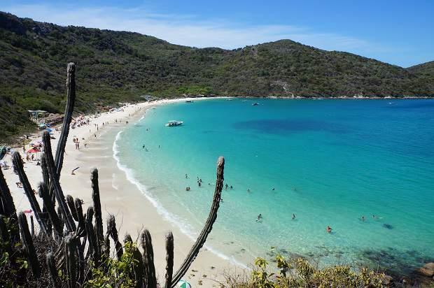 Melhores praias do Brasil: Arraial do Cabo - Praia do Forno - Rio de Janeiro