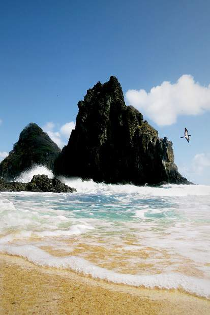 Melhores praias do Brasil: Fernando de Noronha - Praia Cacimba do Padre - Pernambuco