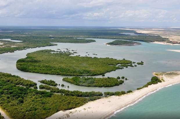 Melhores praias do Brasil: Cajueiro da Praia - Barra Grande Piauí - Piauí