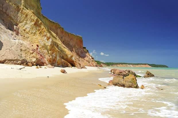 Melhores praias do Brasil: Barra de Santo Antônio - Praia de Carro Quebrado - Alagoas
