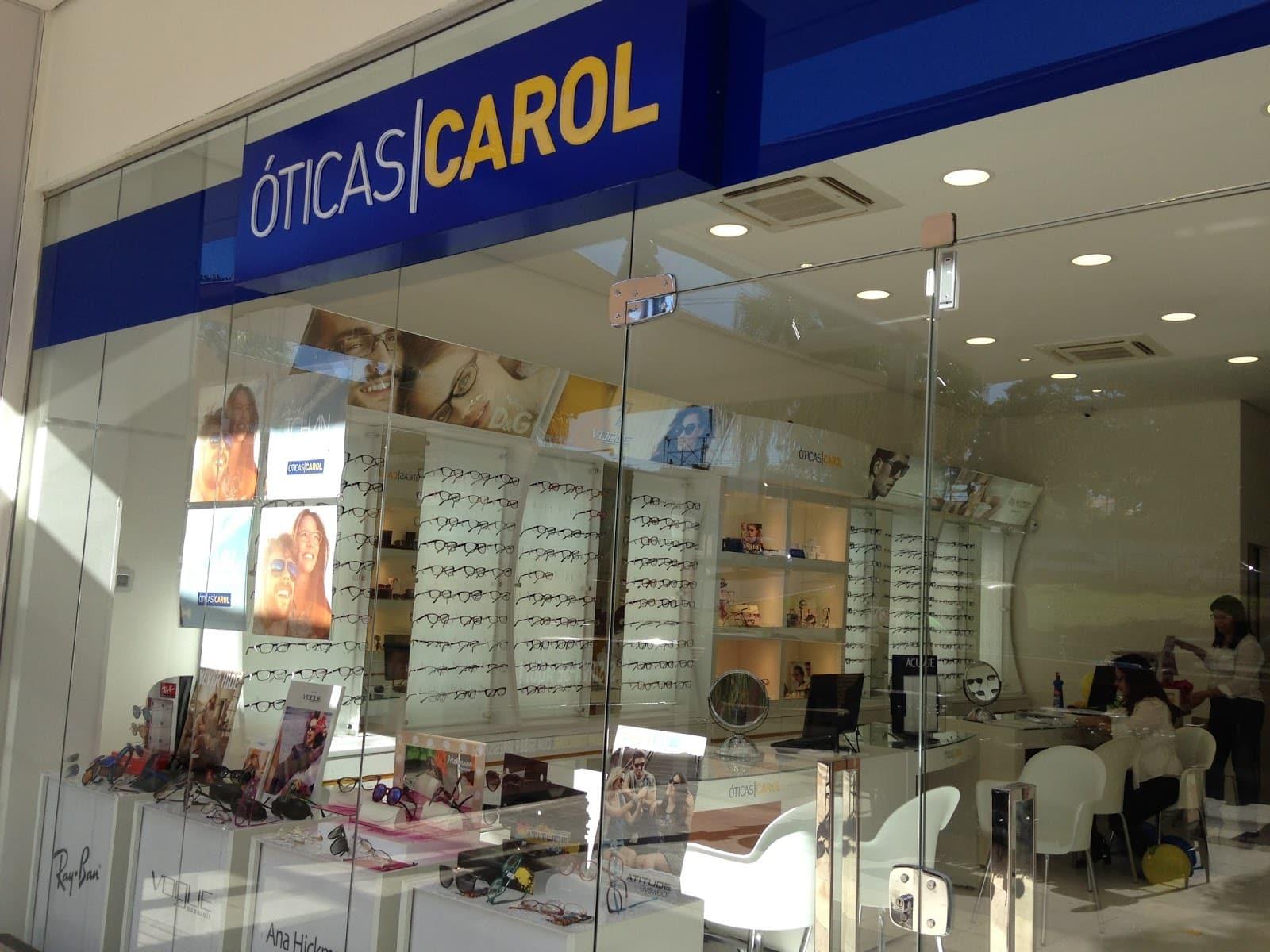 Criada em 1997, a empresa começou a expandir com franquias a partir dos  anos 2000. O foco é em óculos de grau ... c7d0ec4775