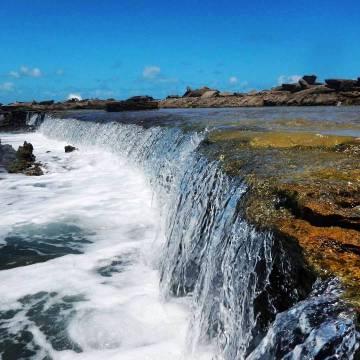 Cachoeiras da Praia de Camurupim