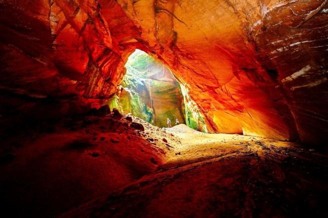 Caverna Buraco de Odete/ foto Ken Chu