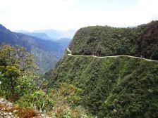 Carretera de La Muerte (Camino a Los Yungas)/ foto Alicia Najidam