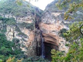 Salto y Cueva del Hayal