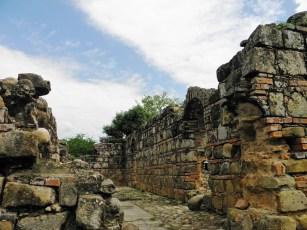 Ruinas de Pore/ foto Luis Alveart