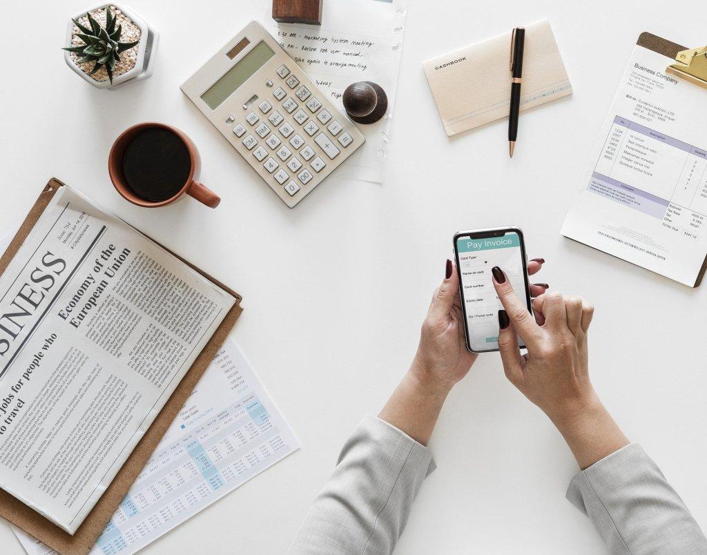 negócios online com baixo investimento