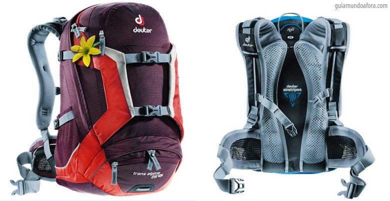 equipamentos de trekking mochila