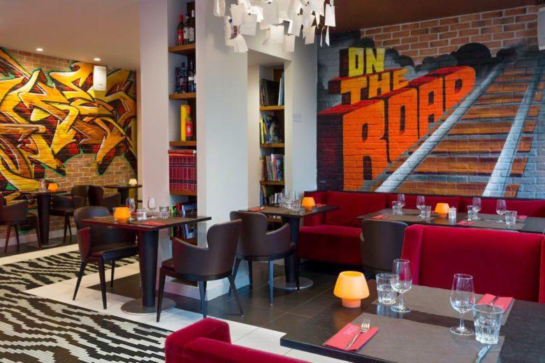 Café do N'vY, um dos hotéis na Suíça para amantes de arte