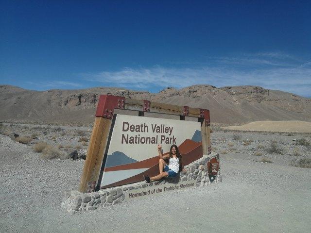 La entrada de cada parque es un gran lugar para tomar la primera fotografía. Que ver en Death Valley.