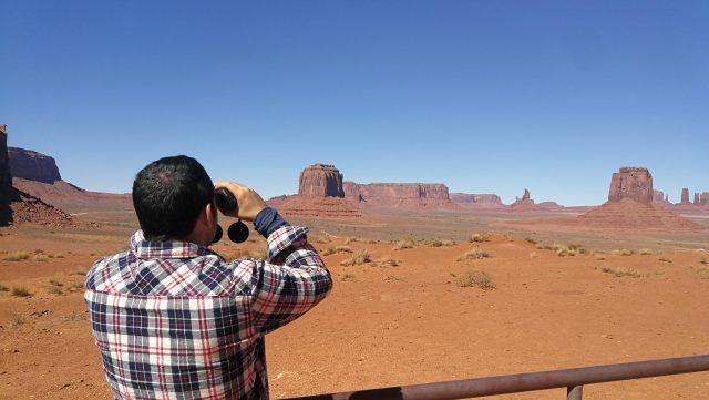 Mucho que ver en un escenario de Western. Monument Valley