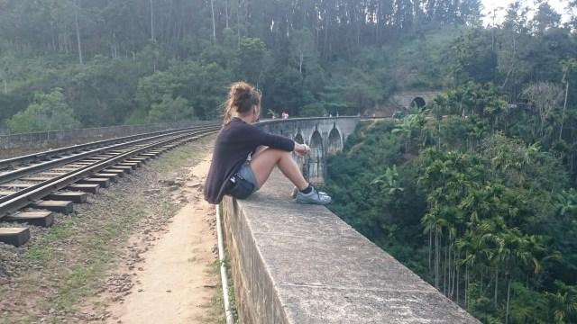 NINE ARCH BRIDGE, UN TESORO INGLÉS EN SRI LANKA.