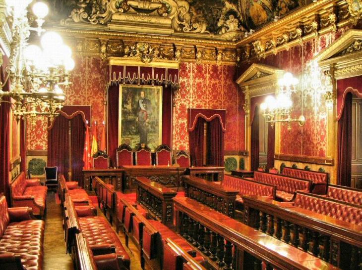 Visita del histórico Ayuntamiento de Madrid | Guías Viajar