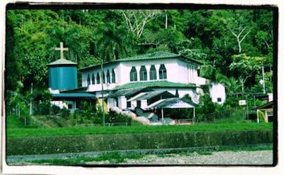 Iglesia de Golfito