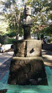 Busto de Leonidas Briceño