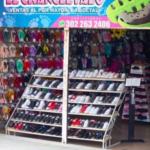 Fachada de la Tienda de Calzado El chancletazo