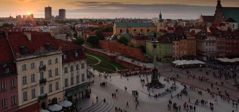 La piazza del Castello è uno dei posti più riconoscibili a Varsavia.