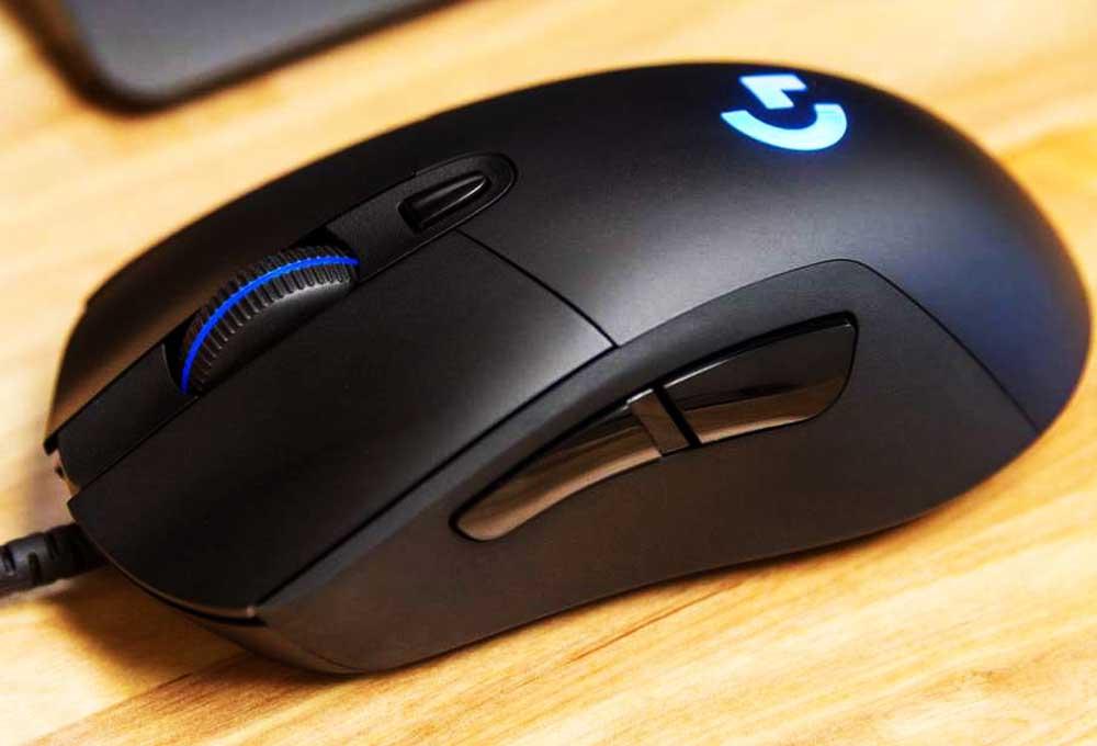 Logitech G403 : Cette souris gaming est à moitié prix sur Amazon