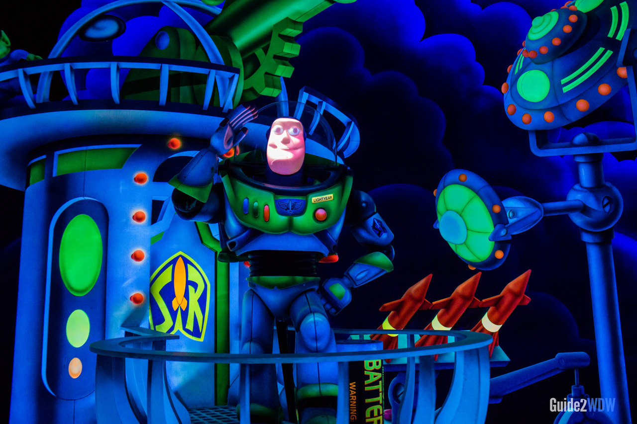 Buzz Animatronic- Buzz Lightyear Space Ranger Spin - Magic Kingdom Attraction