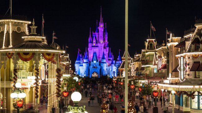 Magic-Kingdom-Late-Night-Disney-World-Best-Tips