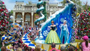 Festival of Fantasy - Anna and Elsa - Disney World