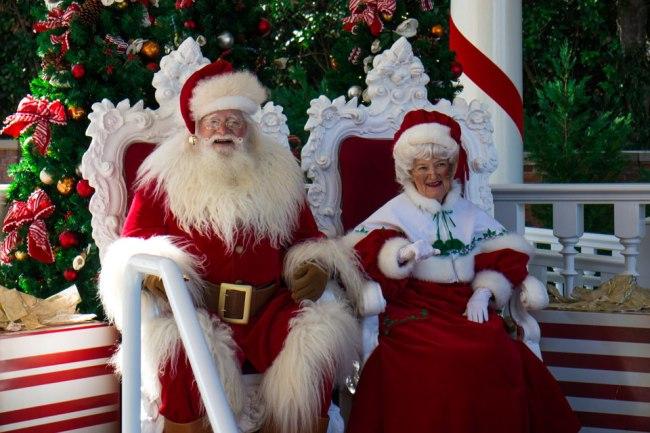 Santa - Epcot Holidays Around the World
