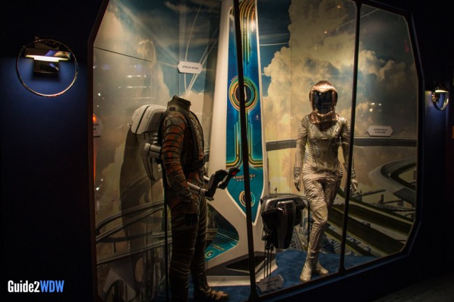 Costumes - Tomorrowland Disneyland Preview