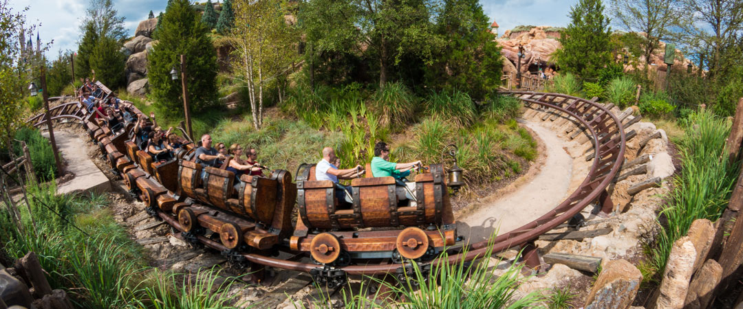 The Best Places to Sit on Disney World Rides - Disney World Minute (Video)