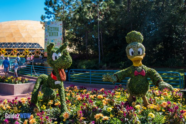 Donald Pluto - Mickey and Friends - Topiaries at the Epcot Flower and Garden Festival