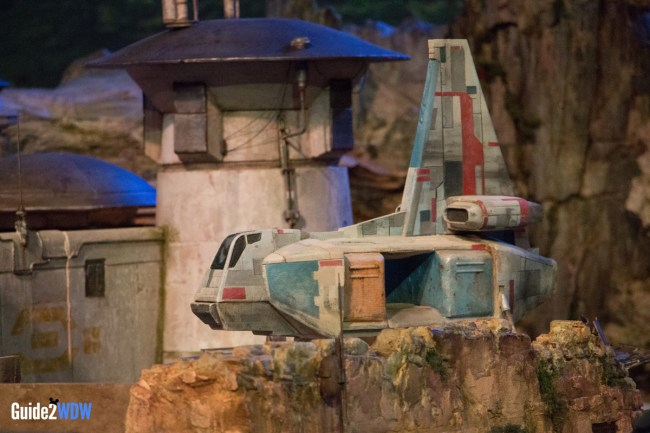 Ship - Star Wars: Galaxy's Edge Model - Disneyland and Disney World