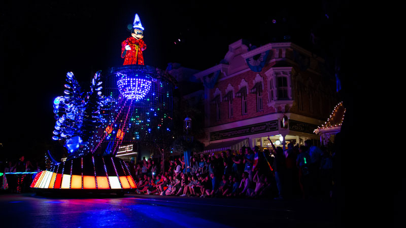 Disneyland's Nighttime Spectaculars and Parades, Ranked
