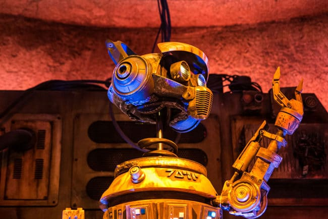 DJ Rex Closeup- Oga's Cantina Review - Star Wars Galaxy's Edge - Guide2WDW