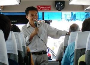 Chanteur de l'autocar!