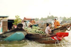 Marche flottant de Cai Be