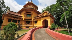 Le-Musee-national-d'histoire-du-Vietnam