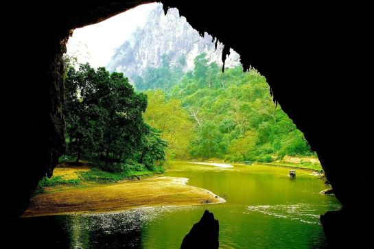 lac ba be grotte puong