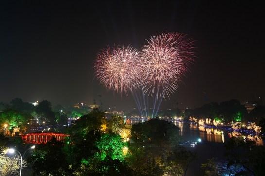 fete du tet nouvel an vietnam artifice.jpg