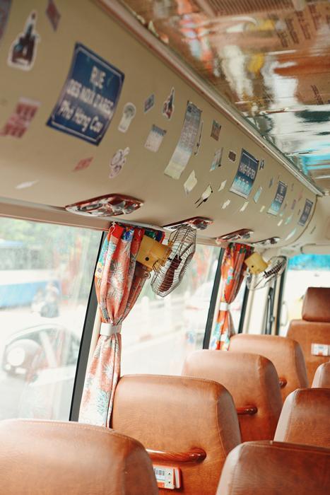 Visite hanoi bus bonbon hanoi decor.jpg