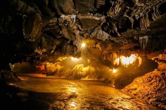 grotte thien ha ninh binh